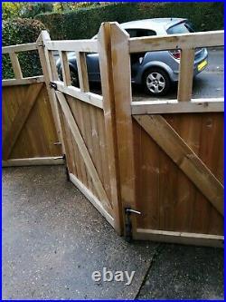 14.5' Folding Wooden Driveway gates