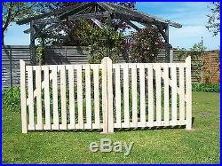 Budget Wooden Driveway Pair of Gates 3ft 6 high. Redwood