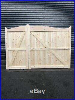 Cavandish Wooden 3/4 & 1/4 Driveway Gates