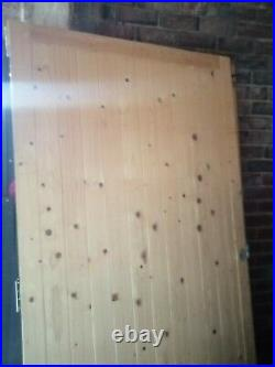 Double wooden driveway gates used indoors never been outdoors very good cond