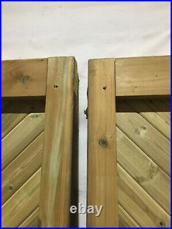 Drayton Tall Wooden Driveway Gates 2604mm W x 1981mm H PAIR