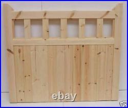 Gate 600 Wooden timber softwood garden driveway gate