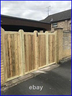 Tanalised Wooden Bi-folding Driveway Gates 11ft wide X 4ft high