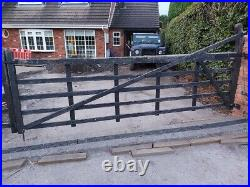 Used Wooden Double Leaf 5 Bar Farm Field Driveway Gate 17 Foot with gate hinges