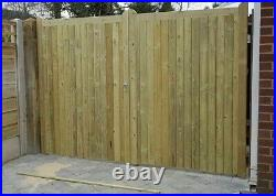 WOODEN TANALISED / TREATED PAIR OF DRIVEWAY GATE'S (delouk2)