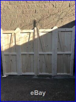 Wooden Bi-folding Driveway Gates 12ft wide X 6ft high