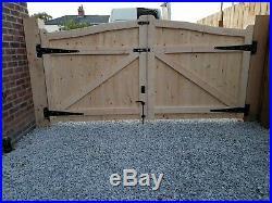 Wooden Driveway Gate 5ft W9ft Heawy Duty Frame 7x10cm