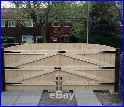 Wooden Driveway Gates! 6ft High 10ft 6 Wide (total Width) Free Hinges & Lock
