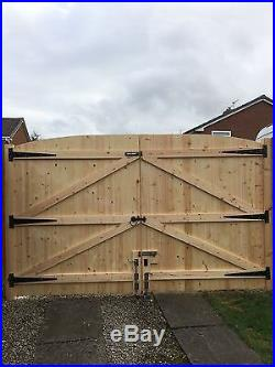 Wooden Driveway Gates 6ft High 11ft Wide (total Width) Free Fitting Kit