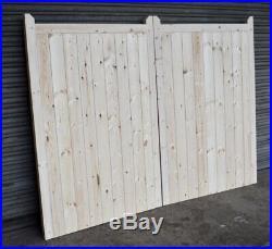 Wooden Driveway Gates Framed, Ledge & Braced 5ft 1500mm Flat Top
