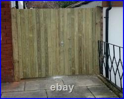 Wooden Driveway Gates High Quality Pressure Treated Redwood Bespoke Gates 4ft
