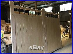 Wooden Driveway Gates Metal Bars Spindles Feature Garden Gate Flat Top Design
