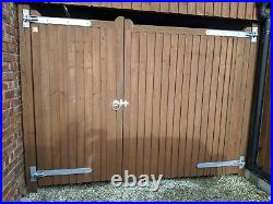Wooden Driveway/carport Gates With All Furniture 5ft 11high X 7 Ft 10 Wide Apx