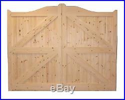 Wooden Swan Neck / Arched Driveway Gate's'westbury