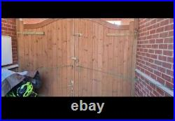 Wooden drive way gates used