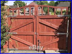 Wooden driveway double gates Garden drive way gates