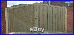 Wooden driveway gate h7ft w2885