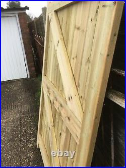 Wooden driveway gates 8ft Wide 6ft High